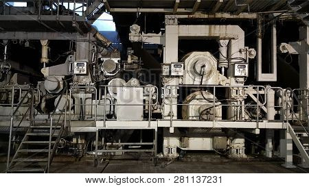 Machines For The Production Of Dry Pulp    For Further Processing In A Paper Plant