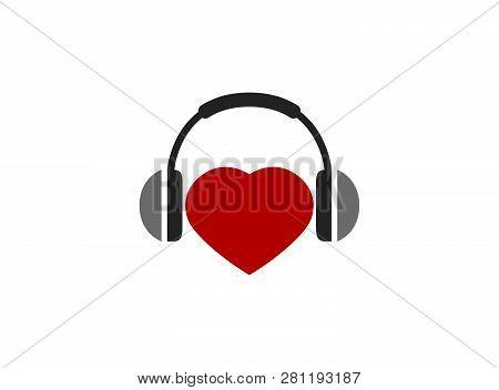 Headphones With Heart Kopfhörer Und Herz For Logo Design
