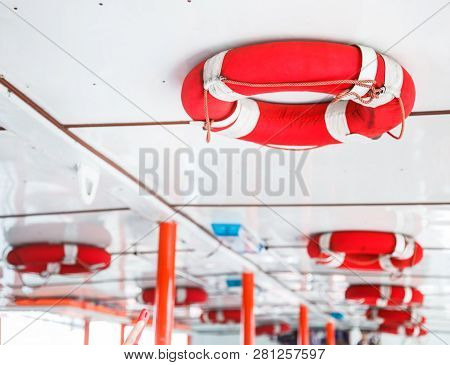 Personal Life Support Flotation Safety Device (life Buoy) For Swimmers, Passengers Or Marine Personn