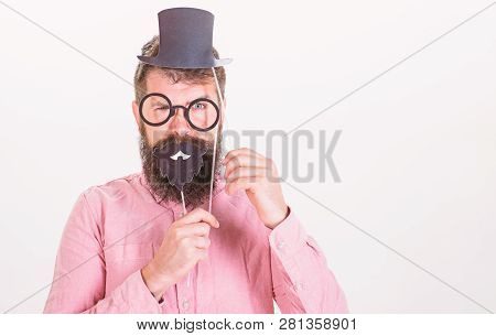 Dressing Well Makes You Seem More Intelligent. Tricks To Seem More Intelligent. Man Bearded Hipster