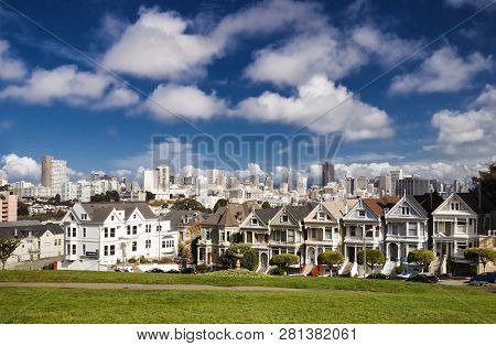 San Francisco-usa, November 1st, 2012: Row Of Victorian Houses At 710-720 Steiner Street, Across Fro