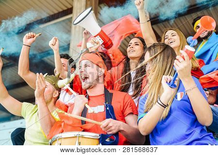 Football Supporter Fans Watching World Soccer Match At Stadium - Young Group Of Excited Friends Havi
