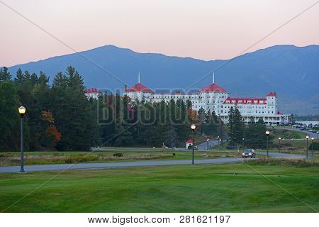 Mount Washington Hotel in summer, Bretton Woods, New Hampshire, USA. This Hotel hosted the Bretton Woods monetary conference in 1944. Now Mount Washington Hotel is a National Historic Landmark.