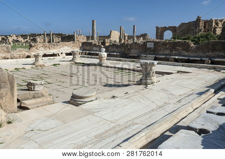 Archaeological Site Of Leptis Magna, Libya - 10/30/2006:  The Latrine (forica) In The Baths Of Hadri