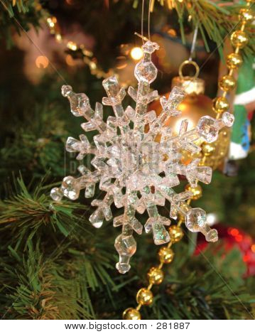 Snow Flake Ornament Levels