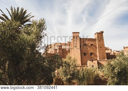 Kasbah In Ait Ben Haddou Ksar In Ouarzazate, Morocco. Famous Tourist Landmark And Old Traditional Ar