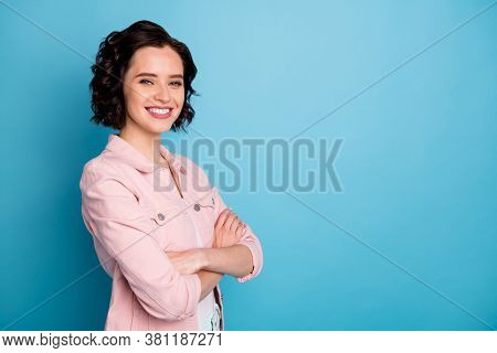 Profile Photo Of Attractive Pretty Lady Short Black Hairdo Self-confident Business Woman Arms Crosse