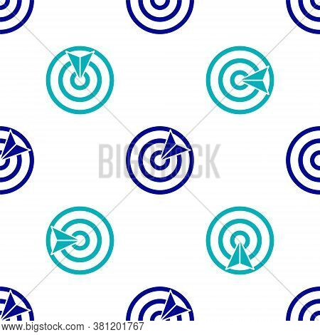 Blue Target Sport Icon Isolated Seamless Pattern On White Background. Clean Target With Numbers For