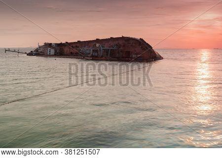 Shipwrecked Tanker Delfi  Off  The Coast Of Odessa