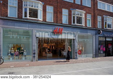 Alkmaar, Netherlands - August 12, 2020: H&m Store Front In The City Of Alkmaar, Netherlands