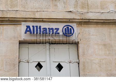 Bordeaux , Aquitaine / France - 08 16 2020 : Allianz Sign Text And Blue Logo For Agency Financial Se
