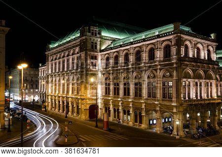 The Wiener Staatsoper, Vienna State Opera House Seef From Albertinaplatz At Night
