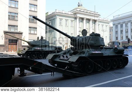 Moscow, Russia - June 20, 2020:loading Of Medium Tanks T-34-85 After The Dress Rehearsal Of The Para