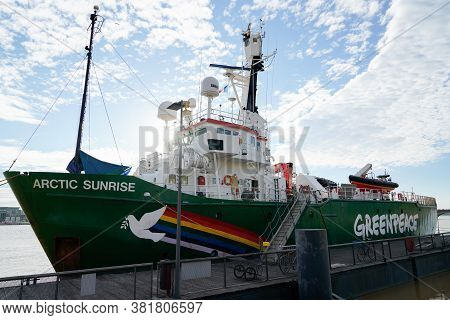 Bordeaux , Aquitaine / France - 08 16 2020 : Greenpeace Logo Sign On Boat Vessel The Arctic Sunrise