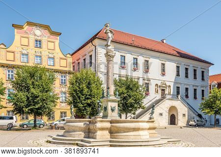 Neuburg An Der Donau,germany - August 08,2020 - View At The Town Hall With Fountain In Neuburg An De