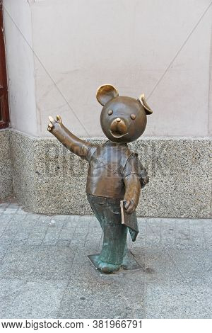 Lodz / Poland. 18 June 2019: Monument To Character From Children's Cartoons In Lodz. Monument To Ted