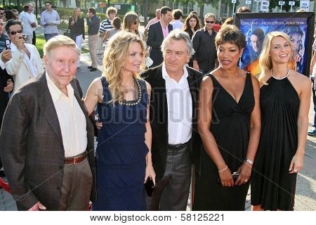 L-R Sumner Redstone, Michelle Pfeiffer, Robert De Niro, Grace Hightower and Claire Danes at the Los Angeles Premiere of