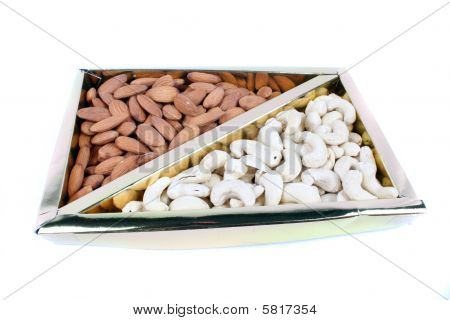 Cashews & Almonds Box