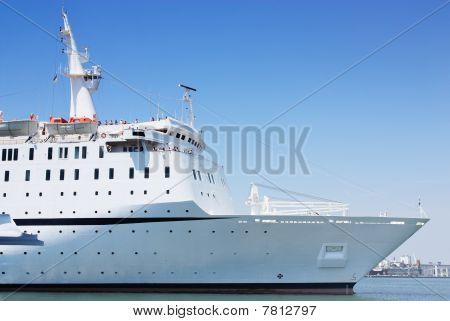 vessel in port