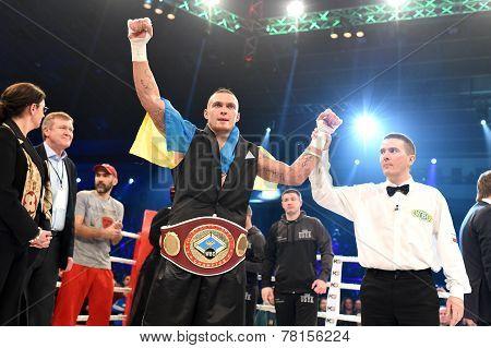Oleksandr Usyk, WBO Inter-Continental cruiserweight champion
