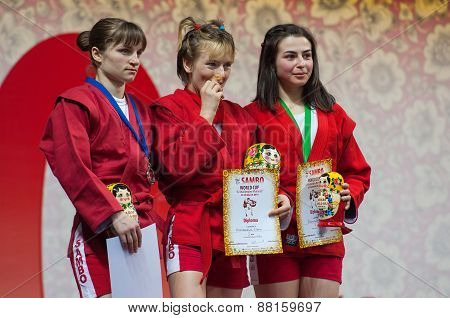 T. Osoianu, E. Bondareva, L. Abbasova On Podium