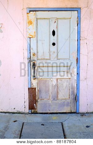 Door Sealed with Metal Plates
