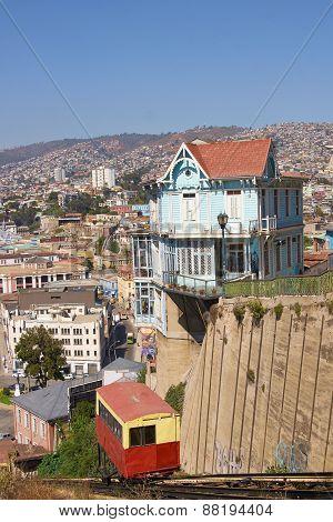 Ascensores of Valparaiso