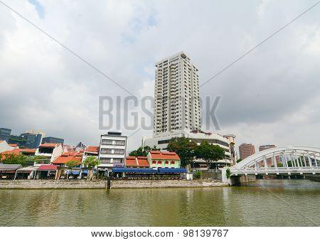 Elgin Bridge, Over The Singapore River