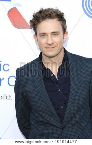 LOS ANGELES - JUN 10: Tom Lenk at the 2017 Stand For Kids Annual Gala Benefiting Orthopedic Institute For Children at The MacArthur on June 10, 2017 in Los Angeles, California