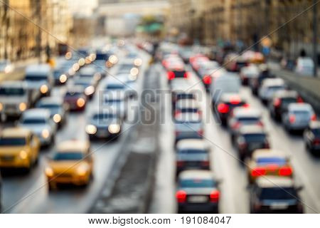 Urban roads with cars traveling by day