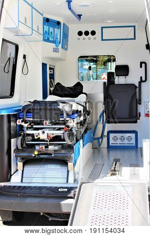 An image of a ambulance - emergency, rescue