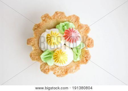 A Creamy Air Cake In A Basket Of Short Pastry