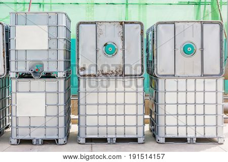 Bulk Industrial Liquid Chemical Container, Steel container