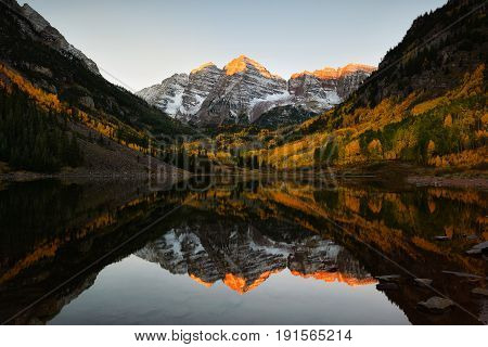 Maroon Bells Peak Sunrise Aspen Fall Colorado