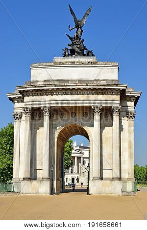 Wellington Arch, also known as Constitution Arch, triumphal arch located at the western corner of Green Park in central London, UK
