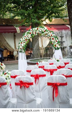 luxury wedding table with beautiful flowers, decor