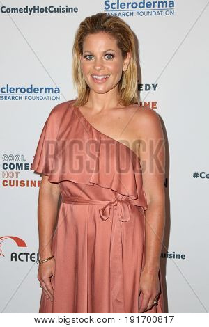 LOS ANGELES - JUN 16:  Candace Cameron Bure at the 30th Annual Scleroderma Benefit at the Beverly Wilshire Hotel on June 16, 2017 in Beverly Hills, CA