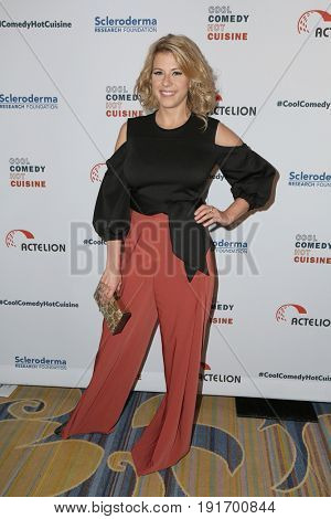LOS ANGELES - JUN 16:  Jodie Sweetin at the 30th Annual Scleroderma Benefit at the Beverly Wilshire Hotel on June 16, 2017 in Beverly Hills, CA