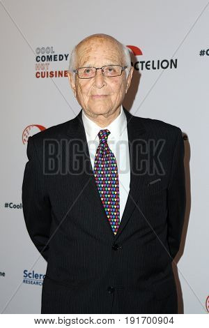 LOS ANGELES - JUN 16:  Norman Lear at the 30th Annual Scleroderma Benefit at the Beverly Wilshire Hotel on June 16, 2017 in Beverly Hills, CA