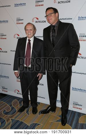 LOS ANGELES - JUN 16:  Bob Newhart Bob Saget at the 30th Annual Scleroderma Benefit at the Beverly Wilshire Hotel on June 16, 2017 in Beverly Hills, CA