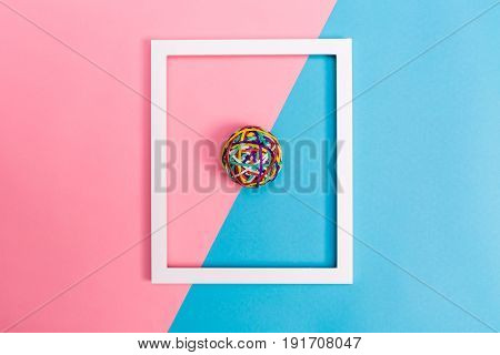 Rubber Band Ball With Frame