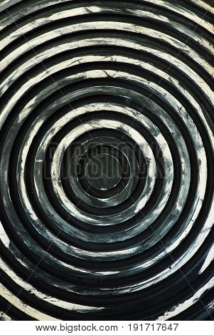 Iron panels with a circular pattern hypnosis