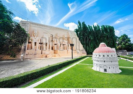 Stock Photo - PATTAYA THAILAND - JAN 04 2014: - Cathedral group of Pisa in Mini Siam Park. Mini Siam is a famous miniature park attraction. It had been constructed in 1986