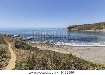 Hiking trail leading to Sacred Cove at Abalone Cove Shoreline Park in Southern California.