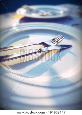 Al fresco dining sunshine on the plates