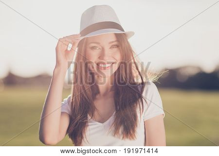 Summer Carefree Mood! Young Gorgeous Brunette Girl On Vacation, In A Stylish Hat, Casual Outfit, Hol