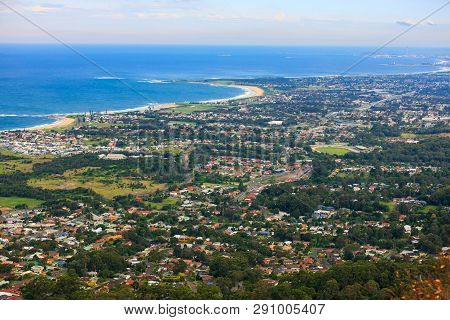 Panoramic View Of East Australian Coastline From The Town Of Bulli Down To Wollongong, Nsw, Australi