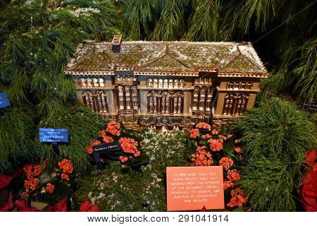 Glencoe, Il January 5, 2019, Newberry Library Model On Display At The Chicago Botanic Garden Winter