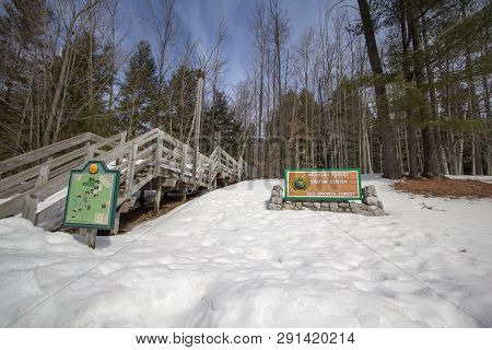 Grayling, Michigan, Usa - March 24, 2019: Exterior Of The Michigan Forest Visitors Center In Hartwic