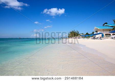 Luxury houses on the Grand Cayman island